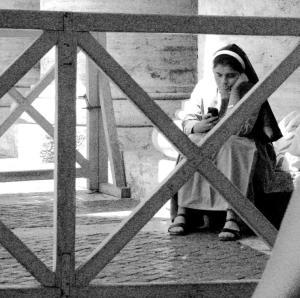 nun-texting